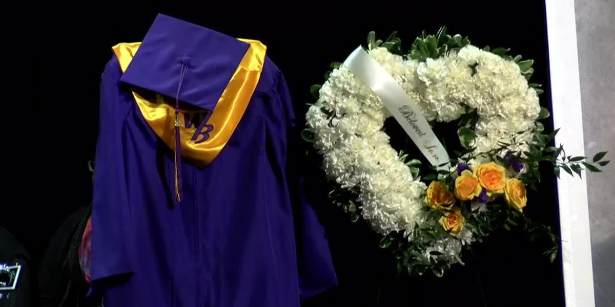 Memorial held at Battery Creek High School in honor of Beaufort County teen