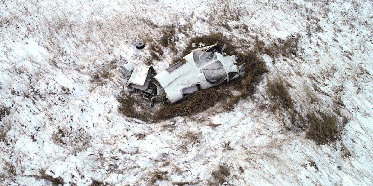 3 killed when air ambulance crashes in North Dakota