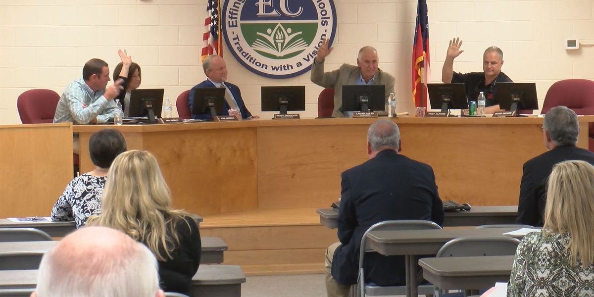 Effingham Co. School Board approves replacement for outgoing superintendent