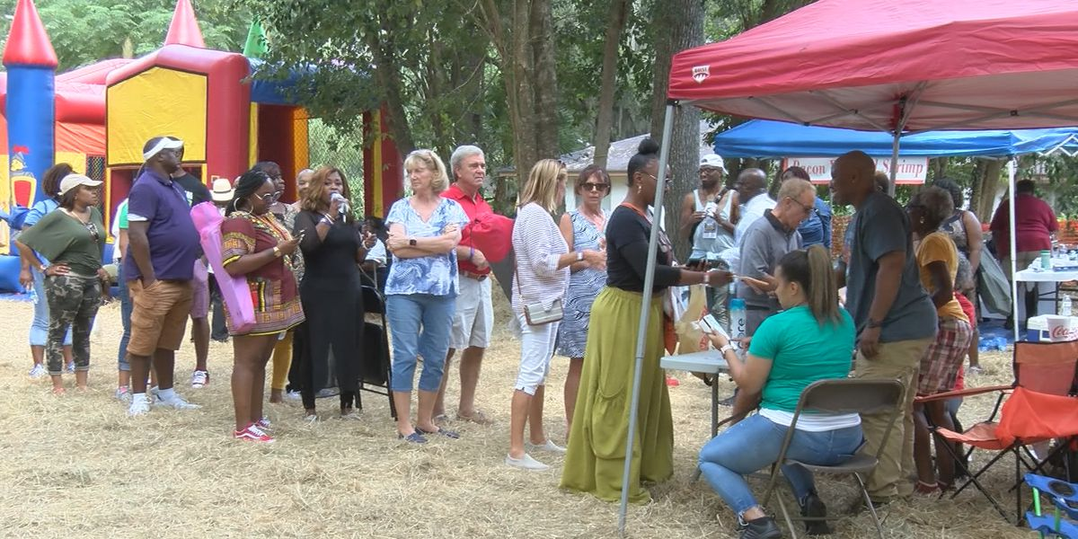 Pin Point community holds annual seafood festival