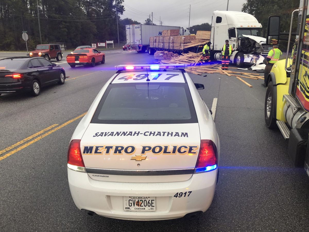 Lumber truck crash slows traffic on Dean Forest Road near Parker's
