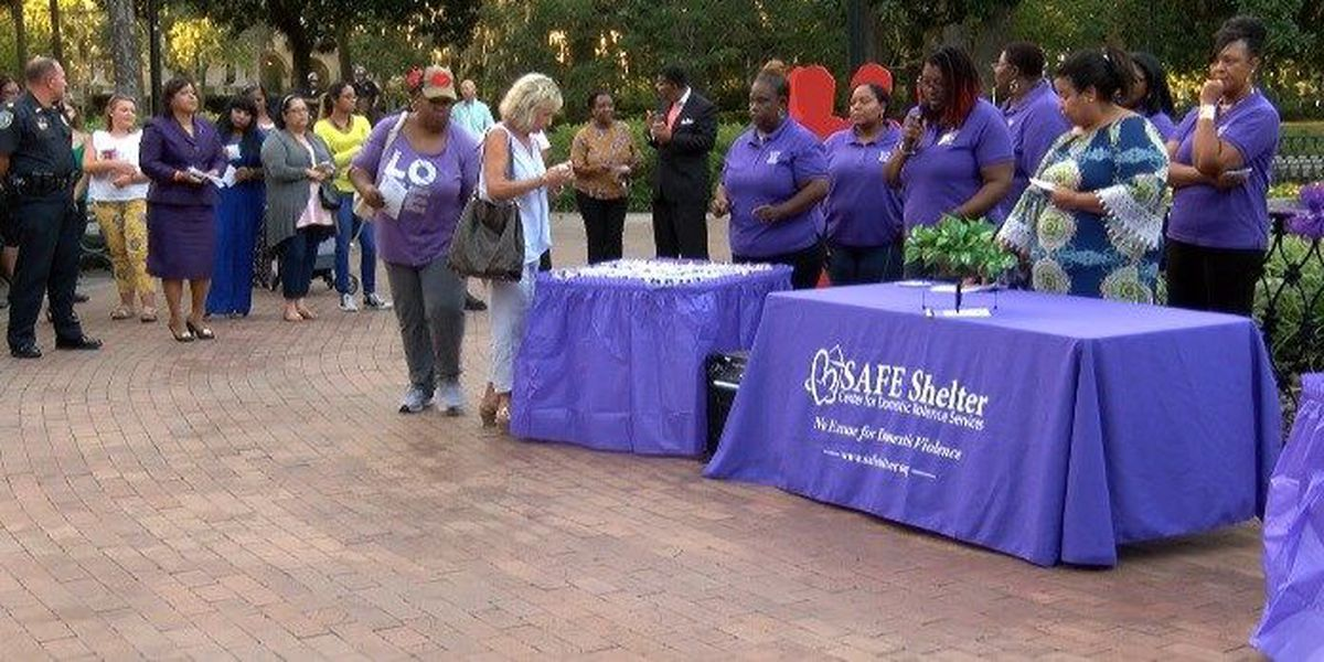 Safe Shelter holds domestic violence vigil in Forsyth Park