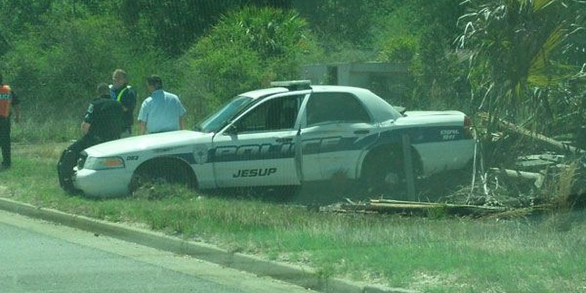 Jesup man on bicycle injured in wreck with officer