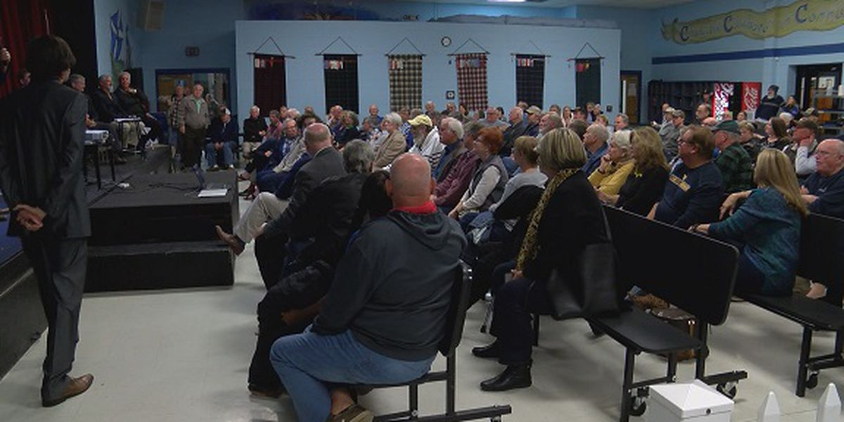Islands residents weighing in on decision to incorporate, not incorporate