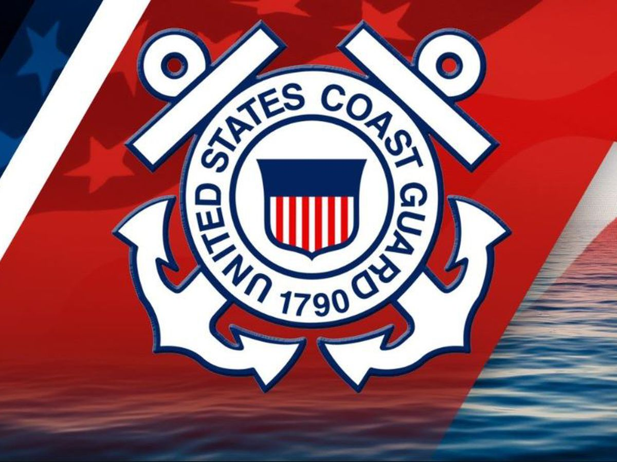 Coast Guard: 2 rescued, 1 missing after tug boat sinks in Mississippi River