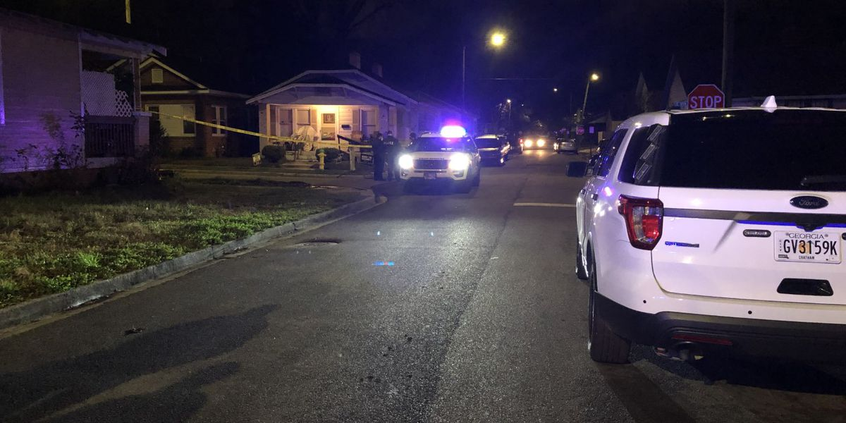 Savannah Police investigate deadly stabbing at 39th, Live Oak streets