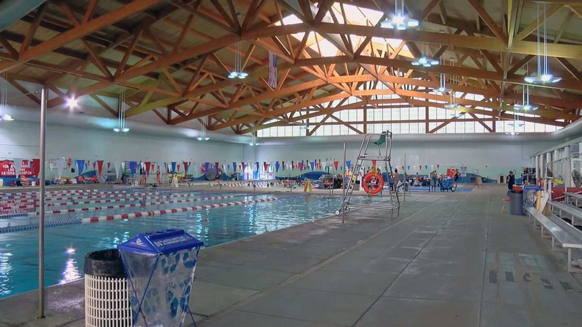Health officials offer advice for safe, healthy trips to the pool this summer
