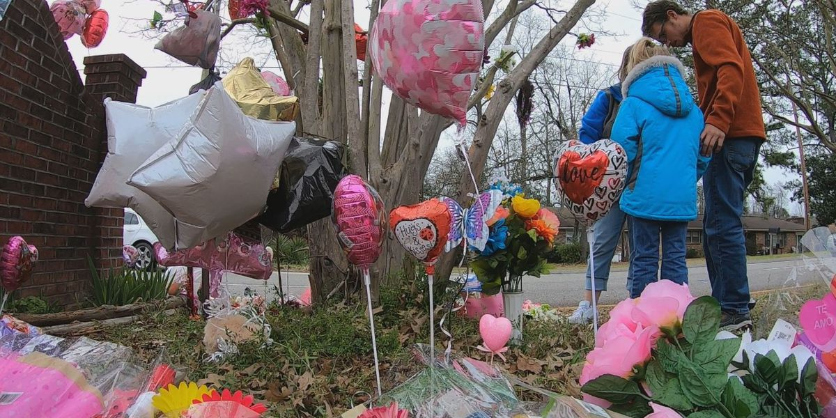 Community works to shield Faye Swetlik memorial from rain, case update expected Tuesday