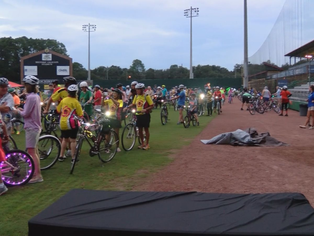 10th annual moonlight garden ride raises bicycle awareness