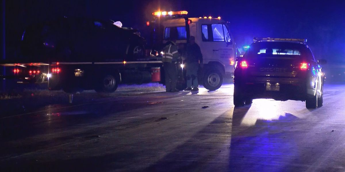2 killed in wreck on Hwy 17 in Liberty County