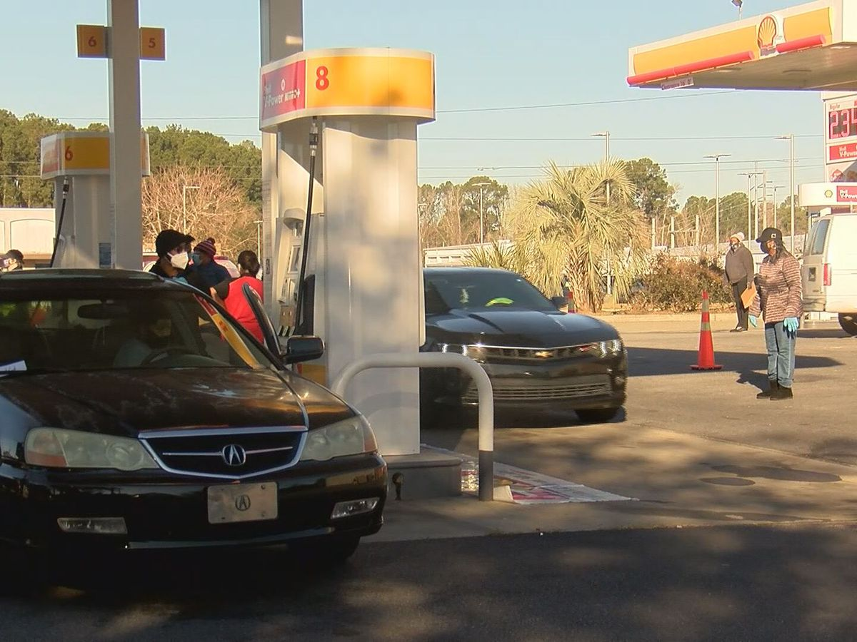 Feed the Hungry holds free gas giveaway