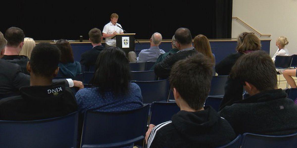Forum held in Beaufort County to discuss dangers of teenage vaping trend
