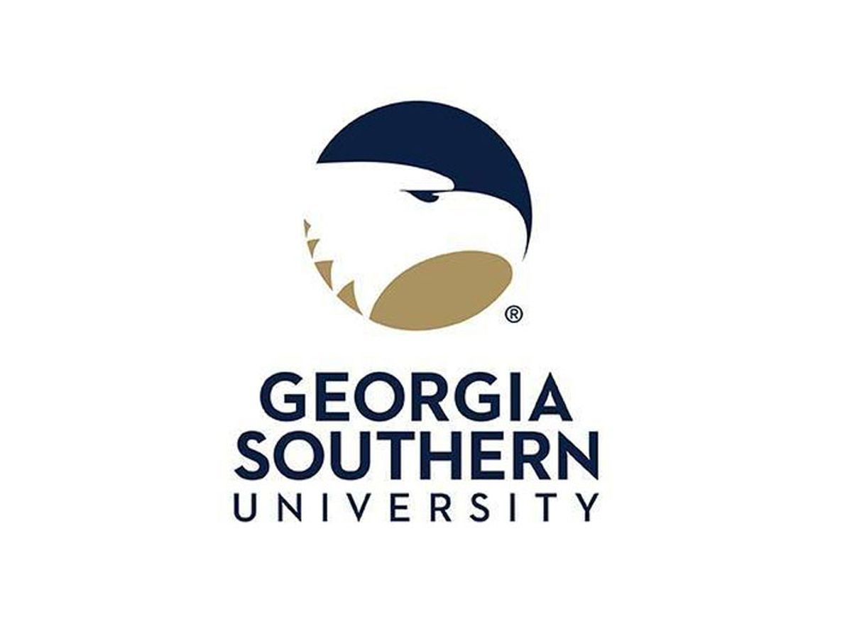 Georgia Southern issues statement after controversial pictures of student surface online