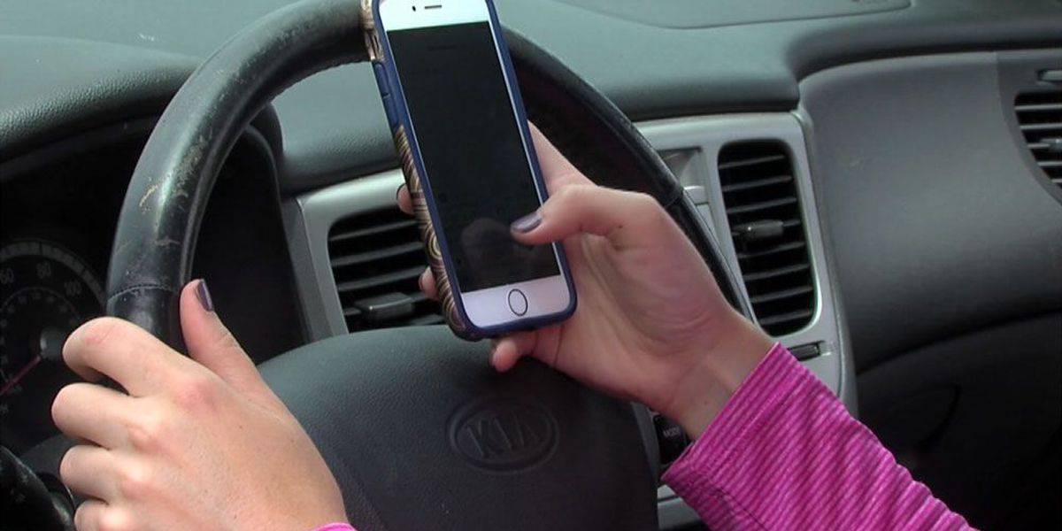 Gov. Deal to sign distracted driving bill into law Wednesday in Statesboro
