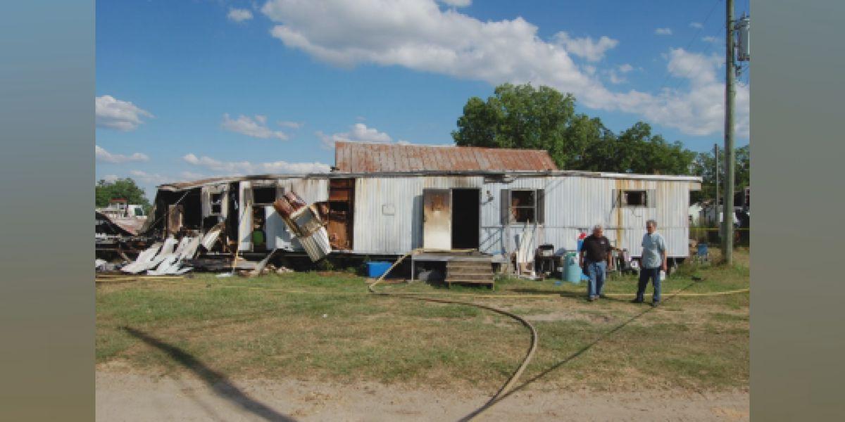2 dead in fatal Appling County fire