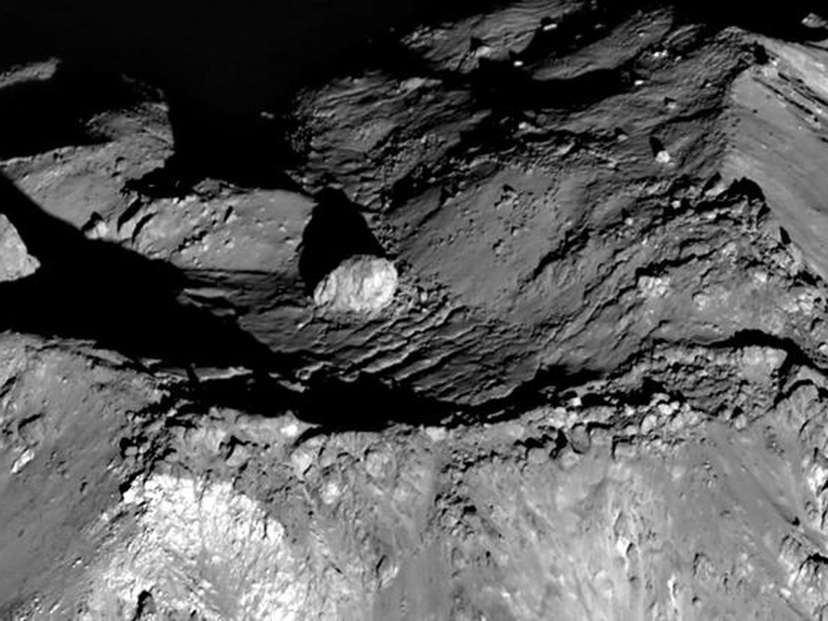 Ingredients on moon could be used to make water, NASA says