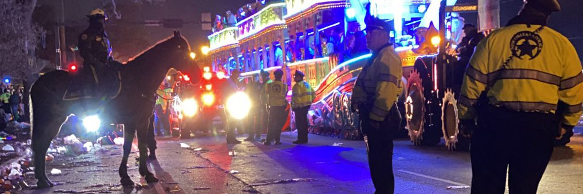 1 killed in float accident during Endymion, most of New Orleans parade canceled