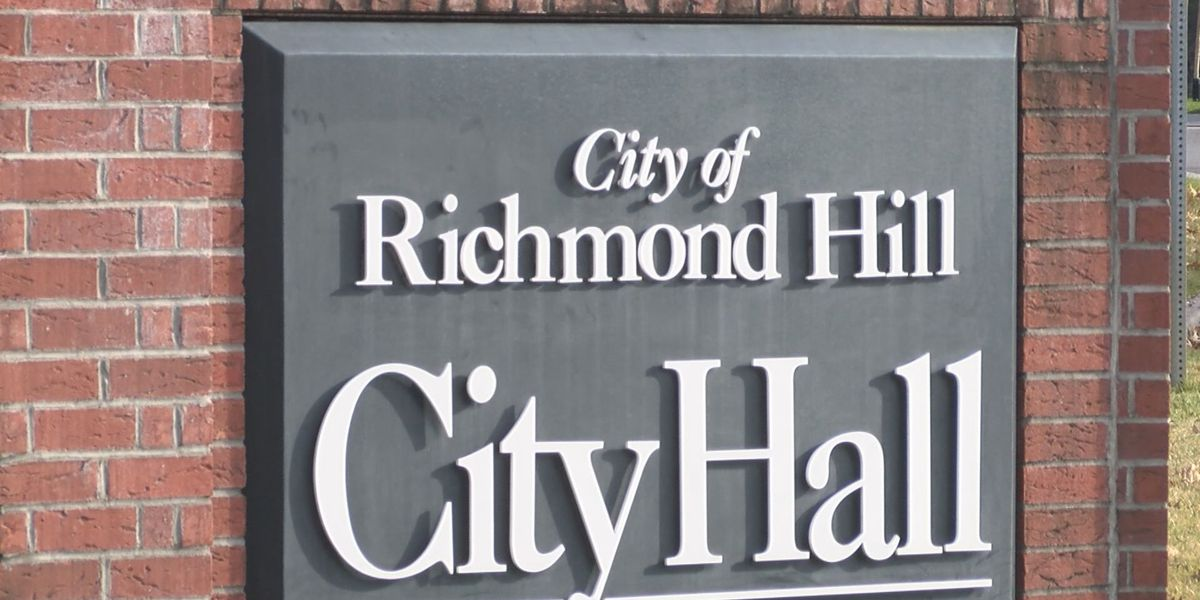 Richmond Hill businesses impacted by emergency order