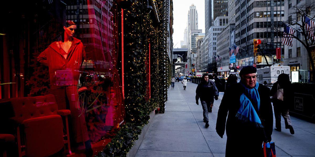 US consumer confidence tumbles in December
