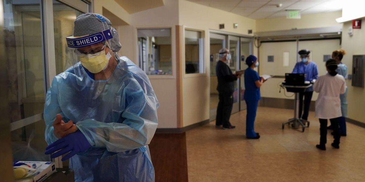 US virus death toll tops 400,000