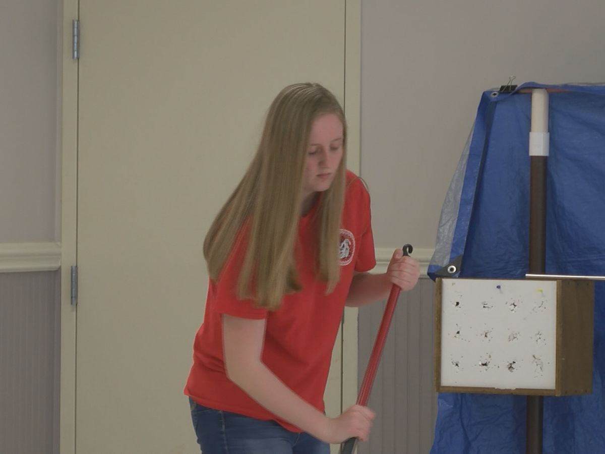 Bryan County High students clean up future teen center