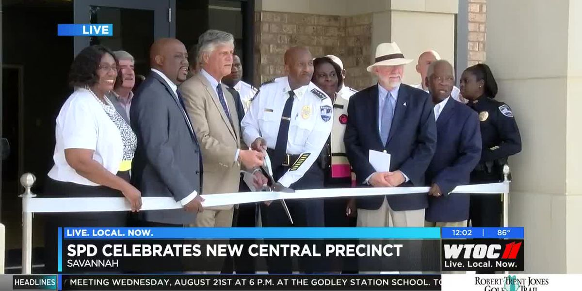 City leaders cut the ribbon on Savannah PD's new Central Precinct