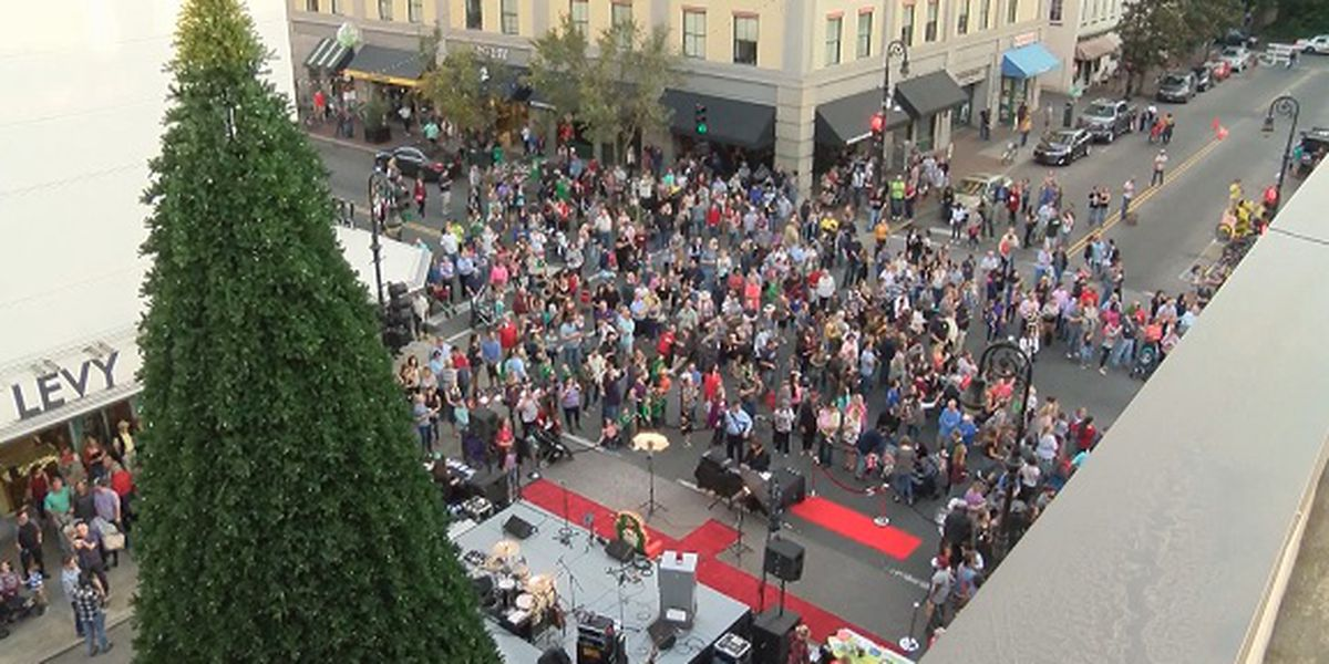 Holiday season kicks off in Savannah Friday with Tree Lighting ceremony