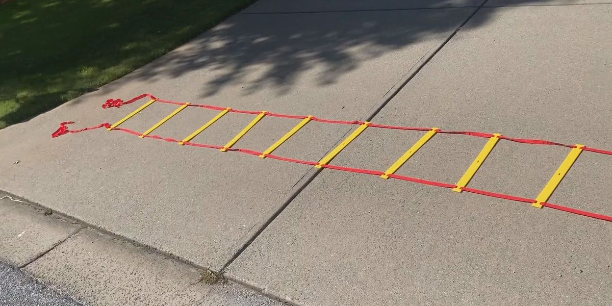 Using a rope ladder to work out from home