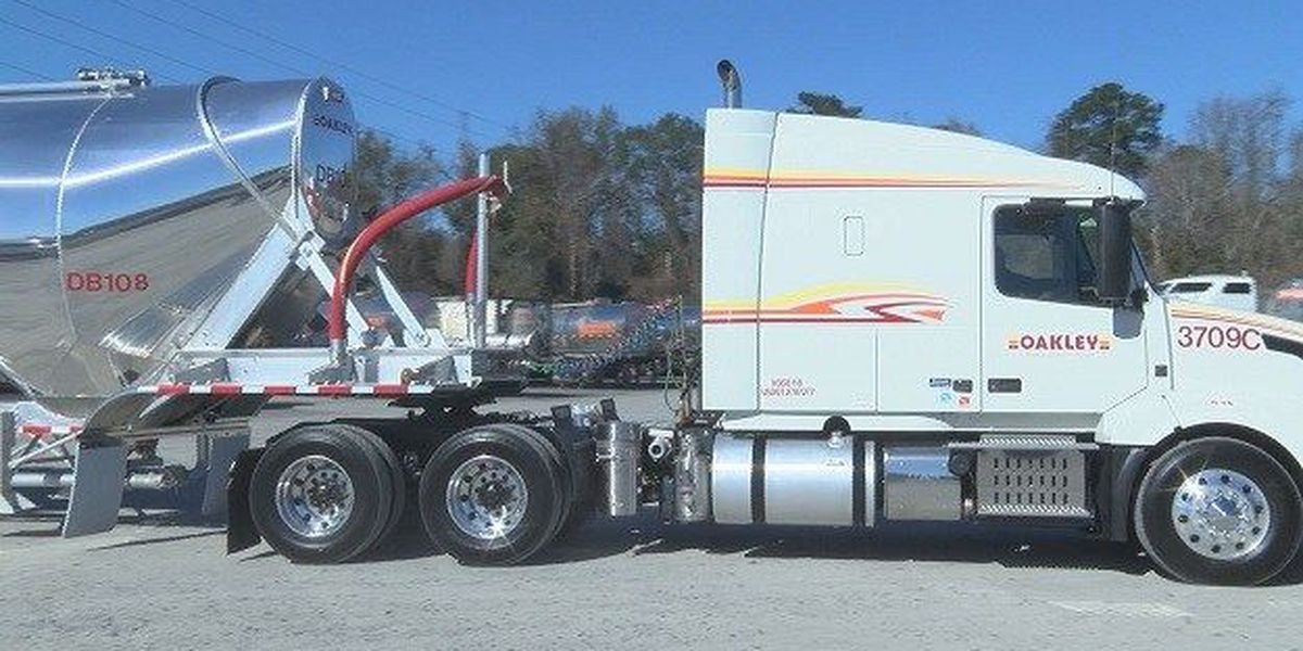 Oakley Transportation Group expands, new dry bulk trailer unveiled