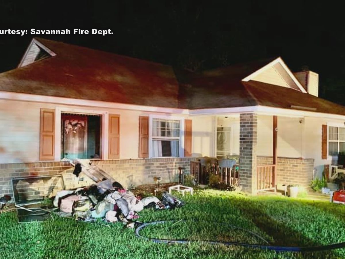 Savannah family homeless after Oxford Court fire