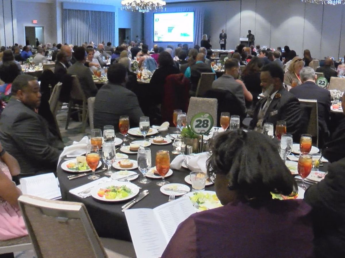 SCCPSS holds Teacher of the Year Gala