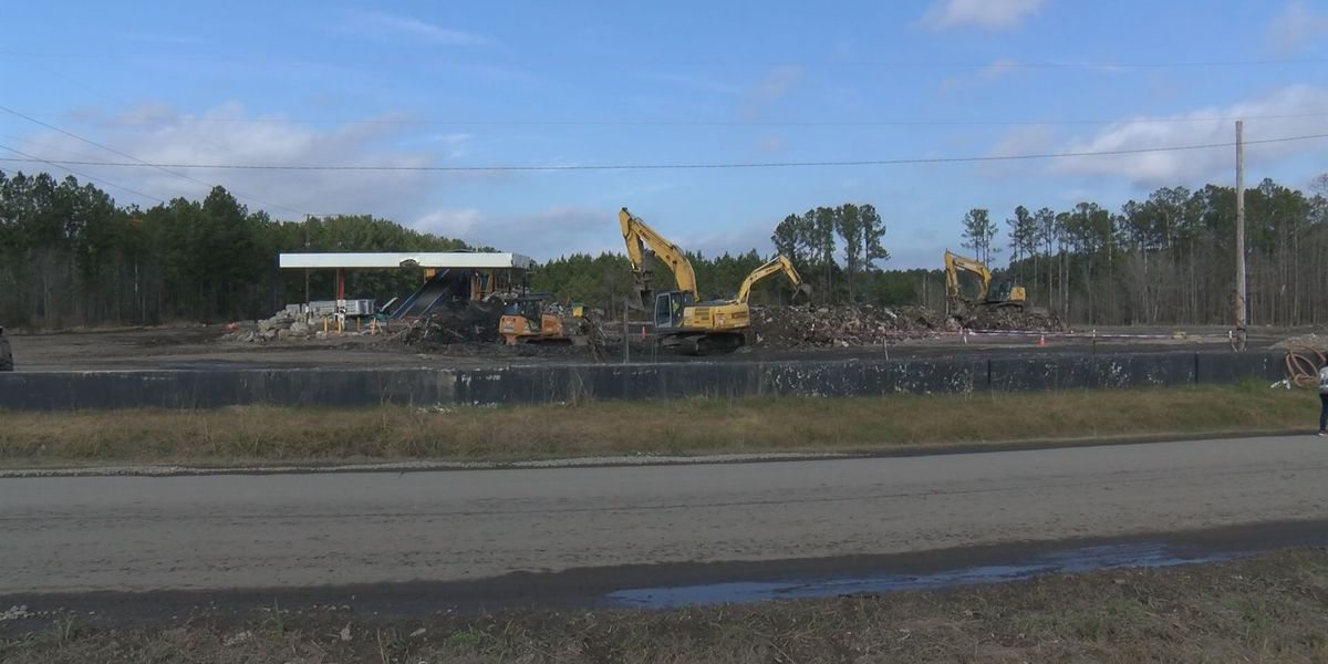 Massive pile of trash is almost gone in Jasper Co.