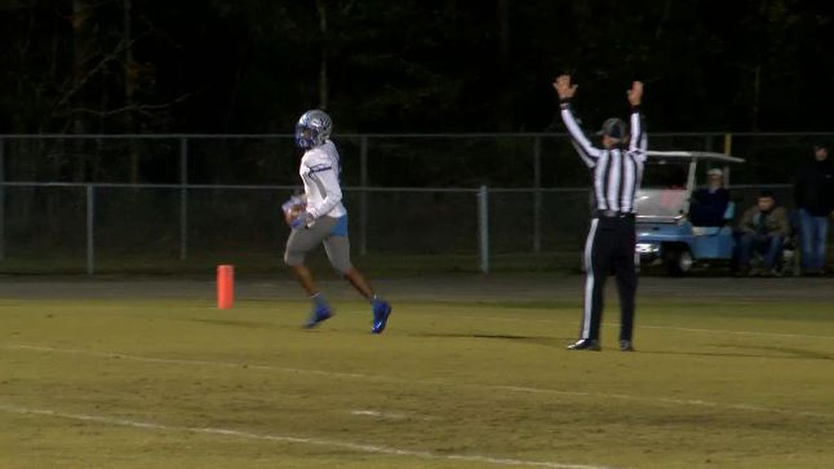 May River knocks off Aynor, Wade Hampton falls in state playoffs