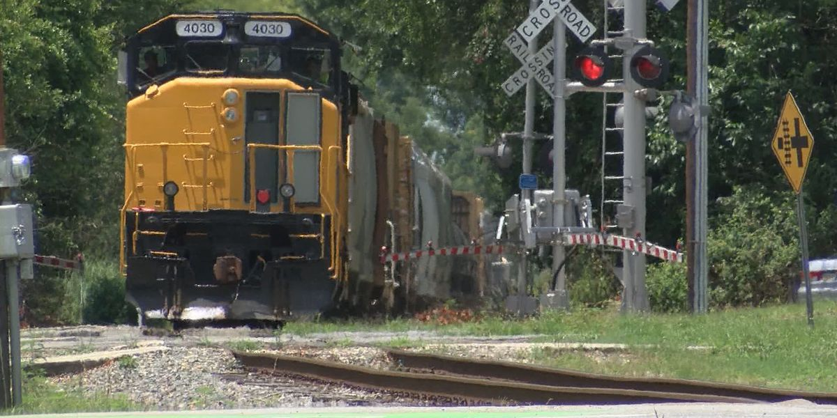 Savannah still working toward solution for train horn noise, crossing traffic jams