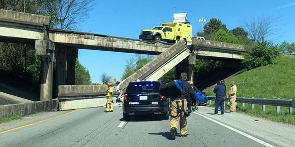 Part of I-75 bridge collapses onto road in Chattanooga, TN