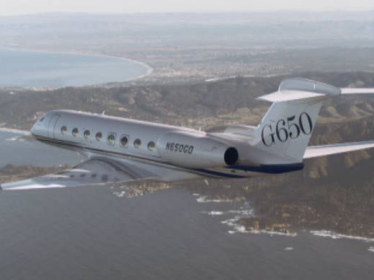 Hundreds of people laid off from Gulfstream