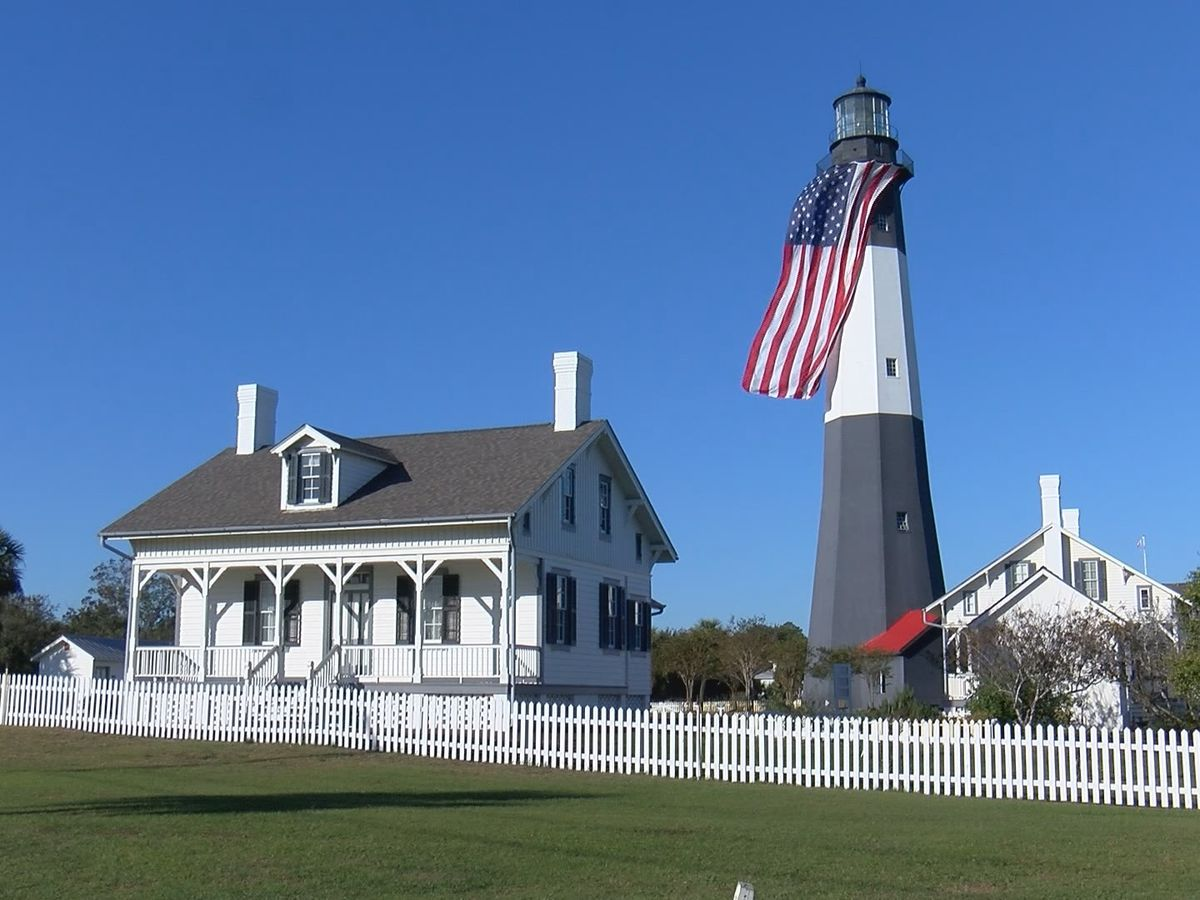 Tybee Island Lighthouse flag honors veterans