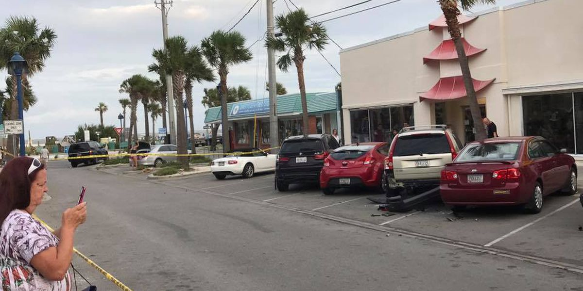 Woman arrested after crashing into multiple parked cars on Tybee Island