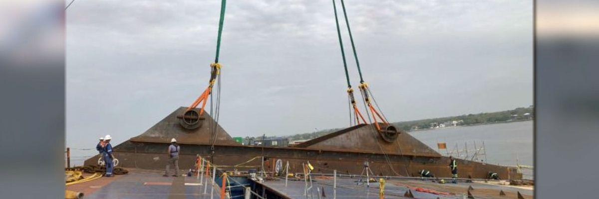 Unified Command installing 'lifting lugs' on capsized cargo ship off Ga. coast