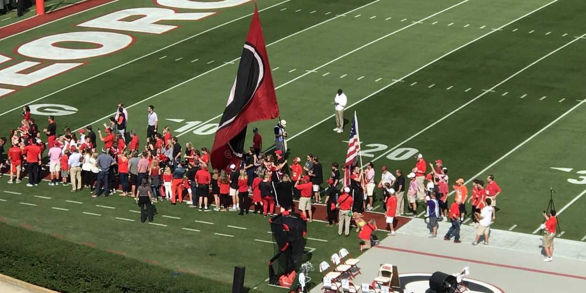 SLIDESHOW: Athens swells with fans as UGA-USC game draws near
