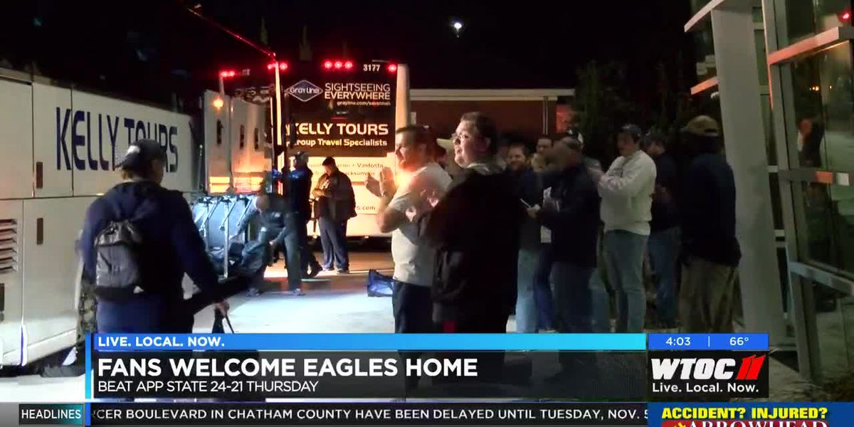 Fans welcome Georgia Southern Eagles home after win against Appalachian State