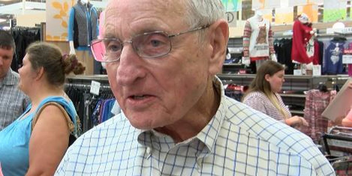 Vince Dooley to throw out first pitch at Cubs game on Sept. 8