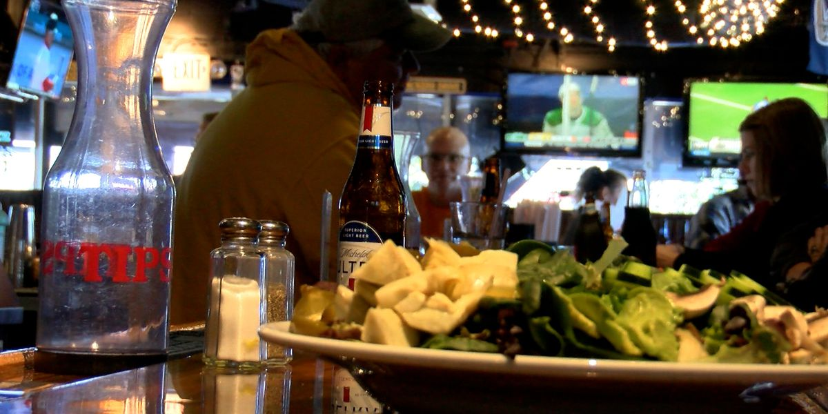 Lowcountry restaurants struggle to meet growing demand amid staffing shortage