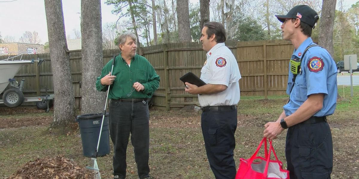 Lowcountry firefighters visit fatal fire site, offer safety tips to neighbors