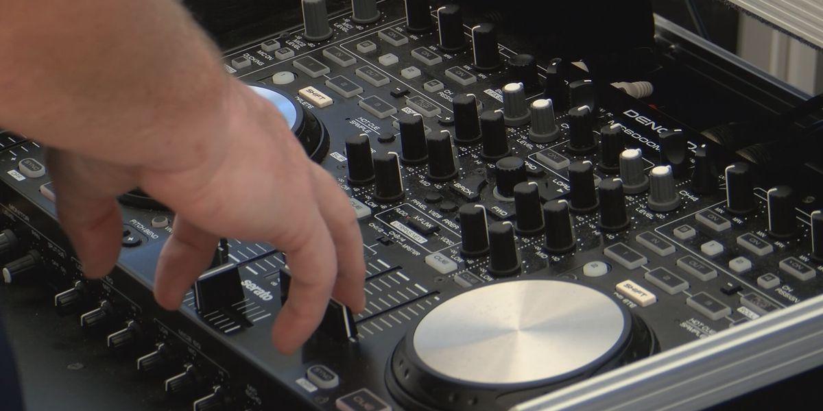 Wilmington Island man DJ's driveway dance party for neighbors