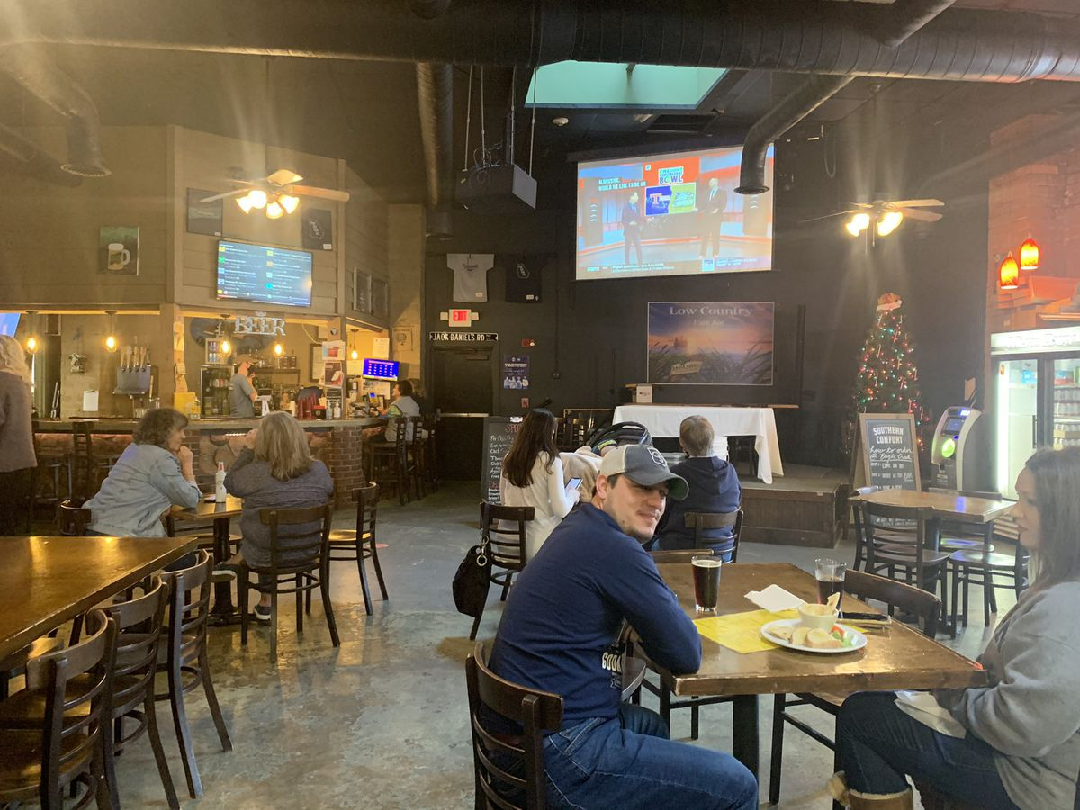 Statesboro businesses glad Eagles fans come out to watch bowl game