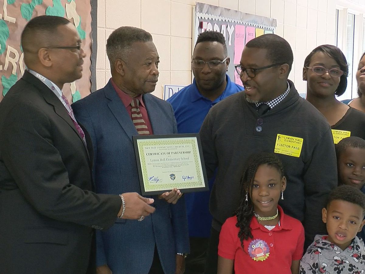 Church pays off lunch debt at Hinesville elementary school