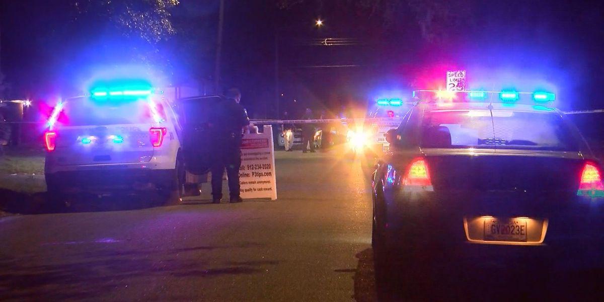 Savannah Police investigating 2 separate fatal late night shootings