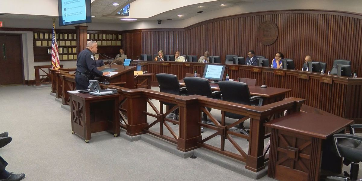 SCMPD chief reports violent crime reduction at Chatham Co. Commission meeting