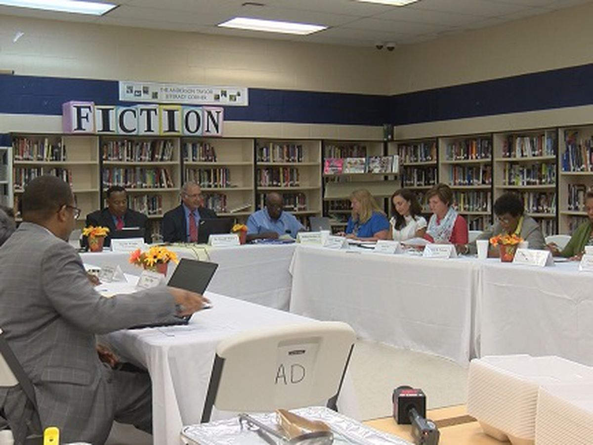Hampton County school districts 1 & 2 hold third meeting to discuss consolidation